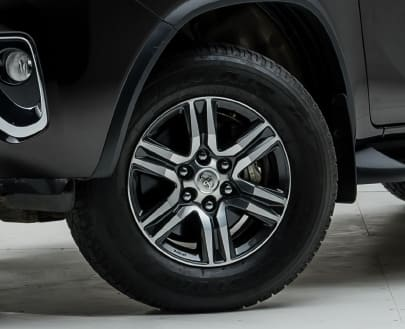 Литые диски Toyota Fortuner